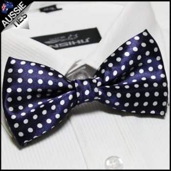 NAVY BLUE WITH WHITE POLKADOTS BOW TIE